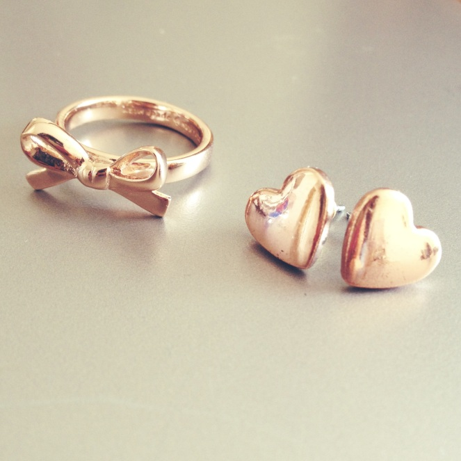 rose gold bow ring heart earrings