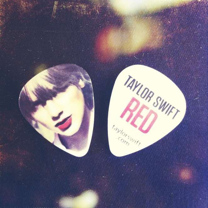 taylor swift guitar pick